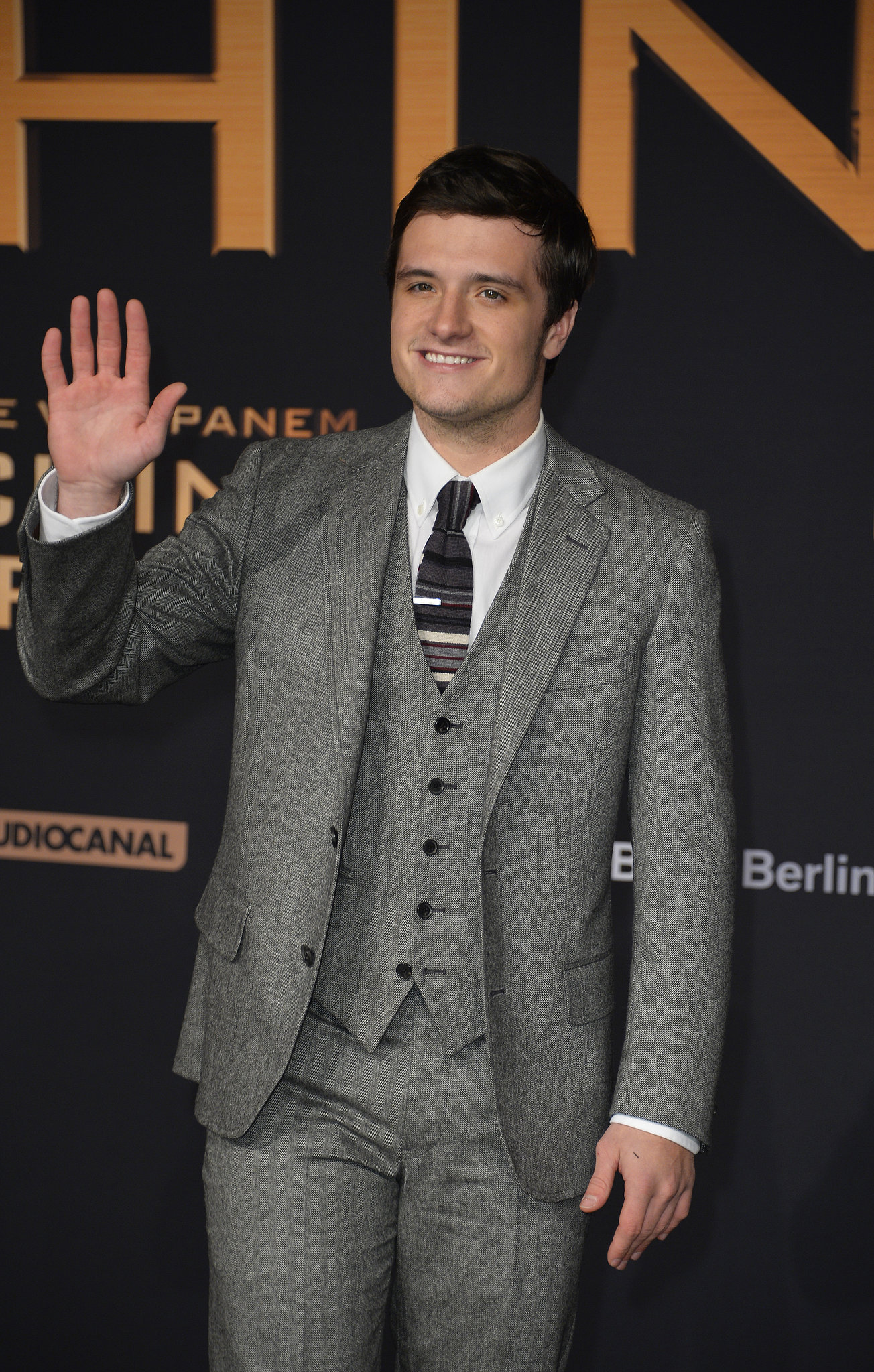 Josh Hutcherson waved at the crowd during the premiere.