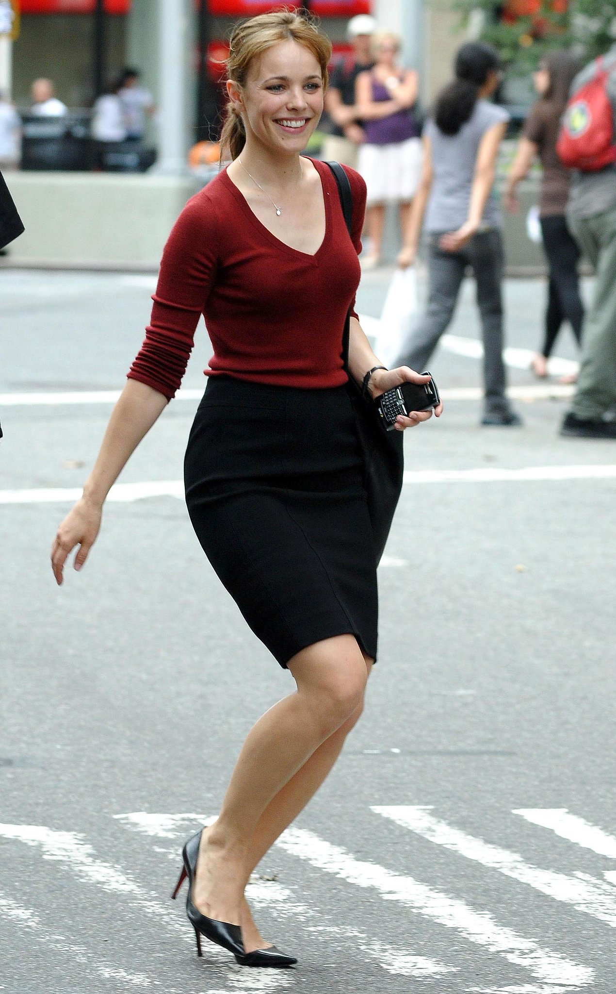 rachel skipped across the street while on the nyc set of