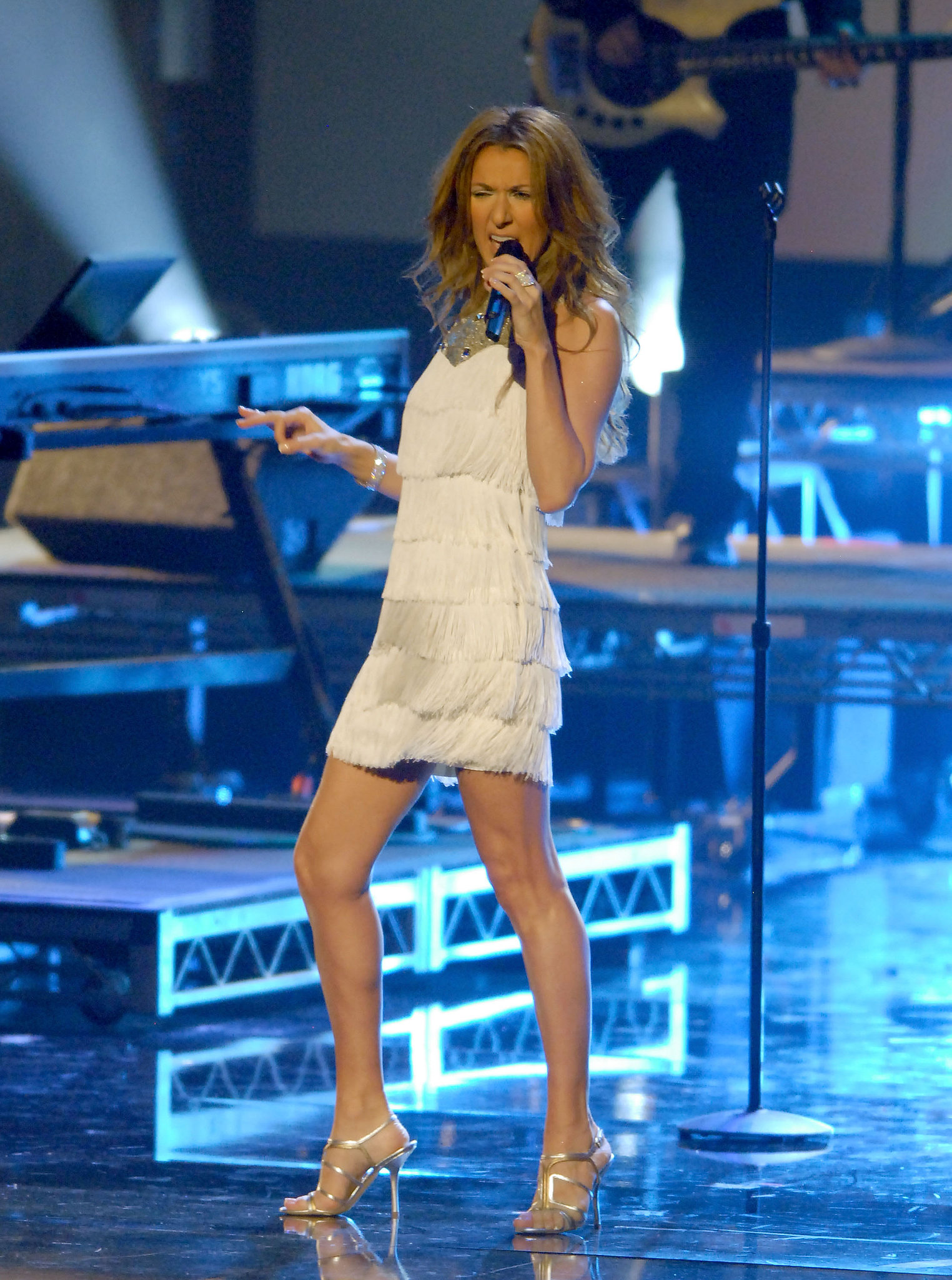 Celine Dion performed in a little white dress in 2007.