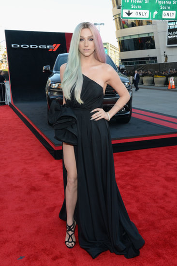 Keha-went-dark-glamour-satin-one-shouldered-gown-complete
