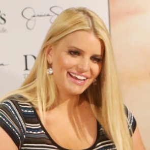 Jessica and Ashlee Simpson's Hair 2013