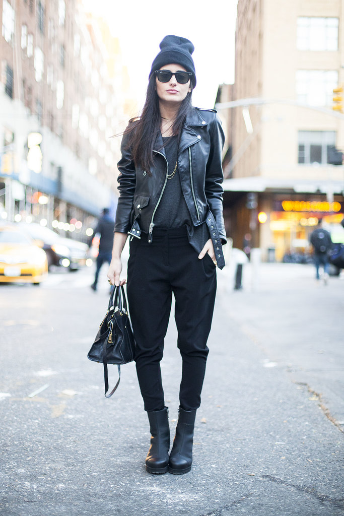 Give your edgy look a Winter upgrade with a cozy beanie and boots. | What Winter Street Style ...