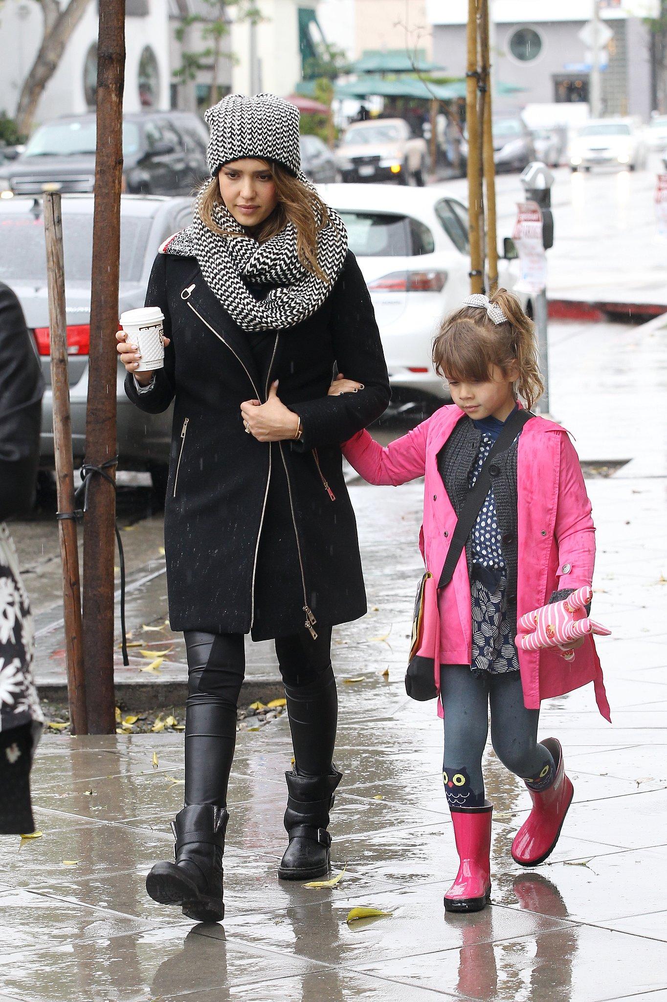 Photo of Jessica Alba & her Mother Son Daughter  Haven Garner Warren