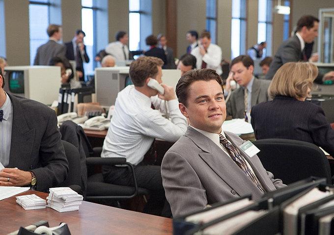Leonardo DiCaprio plays Jordan Belfort, an up-and-coming stockbroker.