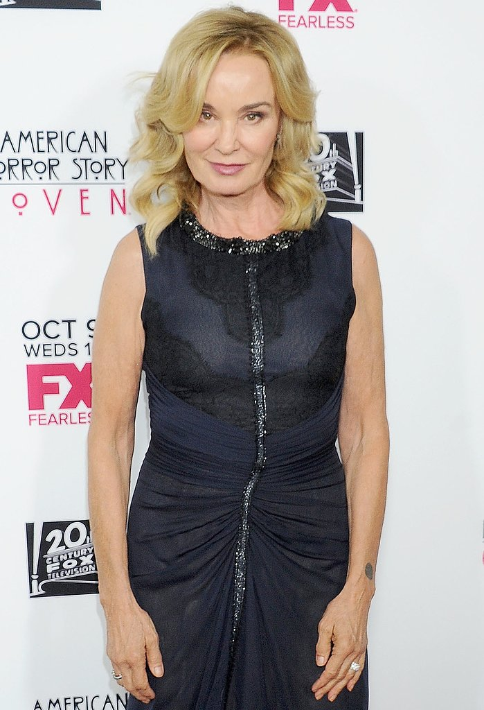 Jessica Lange has joined The Gambler remake as the mother of Mark Wahlberg's characater.
