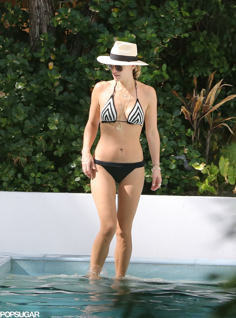 Molly Sims rocked a black-and-white bikini in Florida.