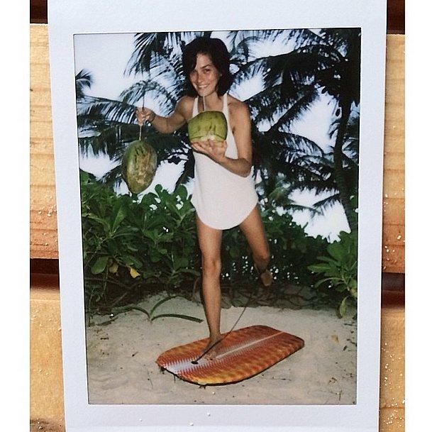 Leigh Lezark practiced her multitasking in Mexico. Source: Instagram user themisshapes