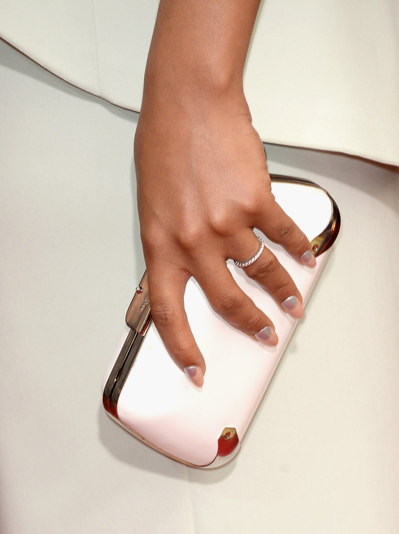Kerry Washington kept it understated with a white Balenciaga clutch.