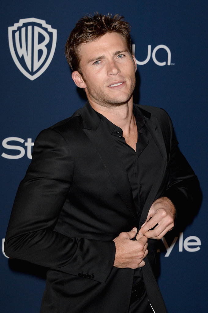 Scott Eastwood buttoned up in an all-black ensemble.