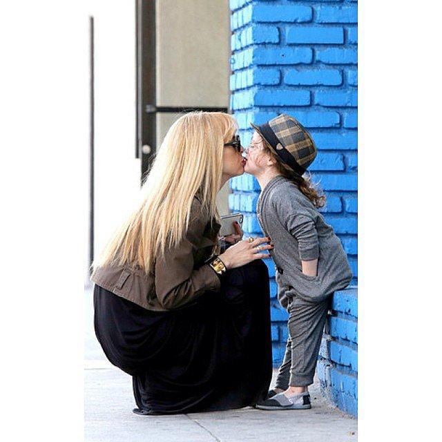 Rachel Zoe Genius Décor Ideas From Instagram: Rachel Zoe Got A Sweet Smooch From Her Eldest Son, Skyler