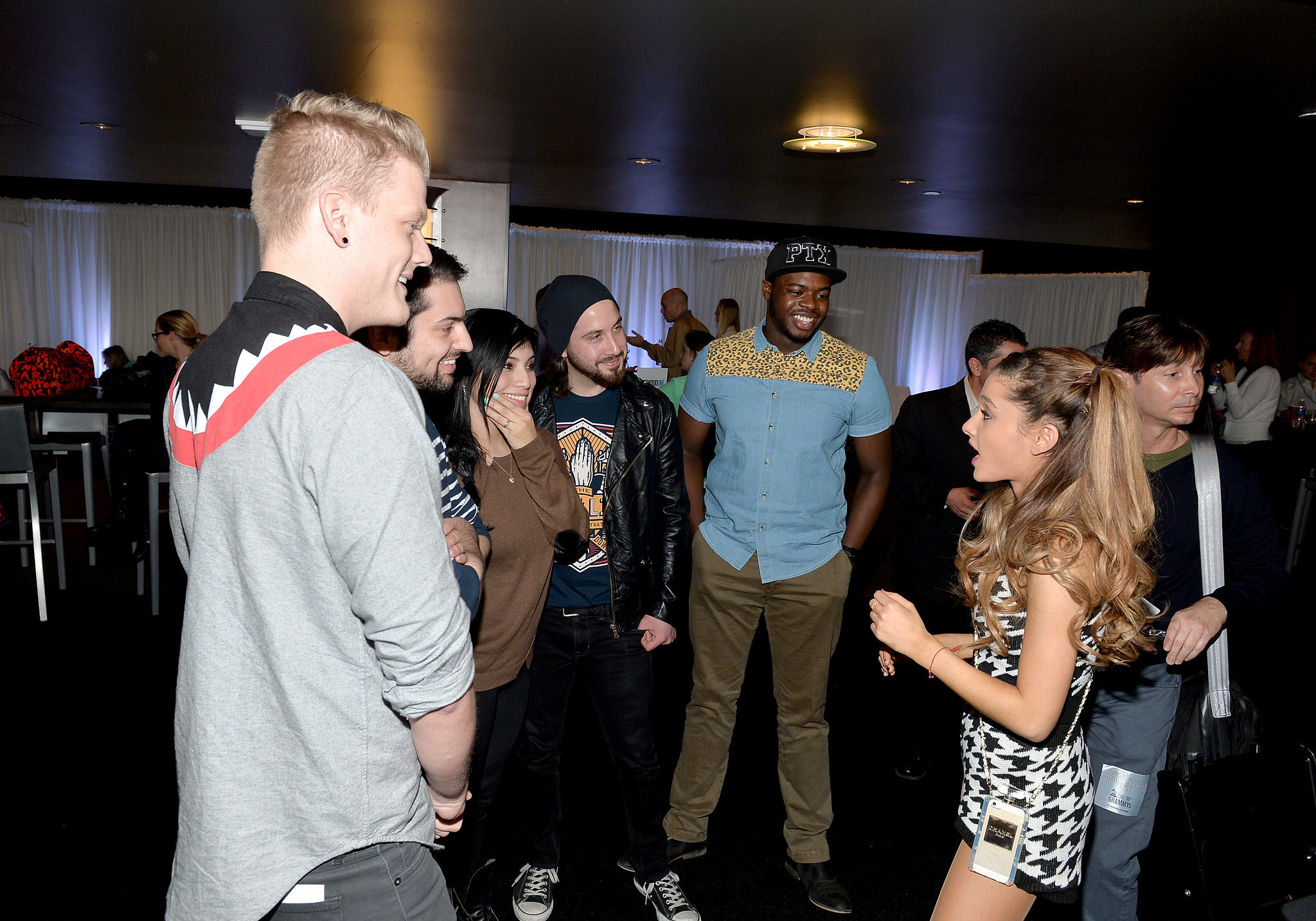 Ariana Grande Chatted With Pentatonix At The Grammys