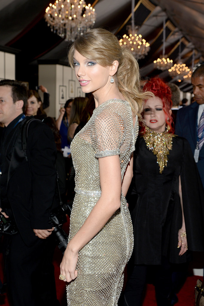 Taylor Swift Makes Piano Headbanging a Thing at the Grammys