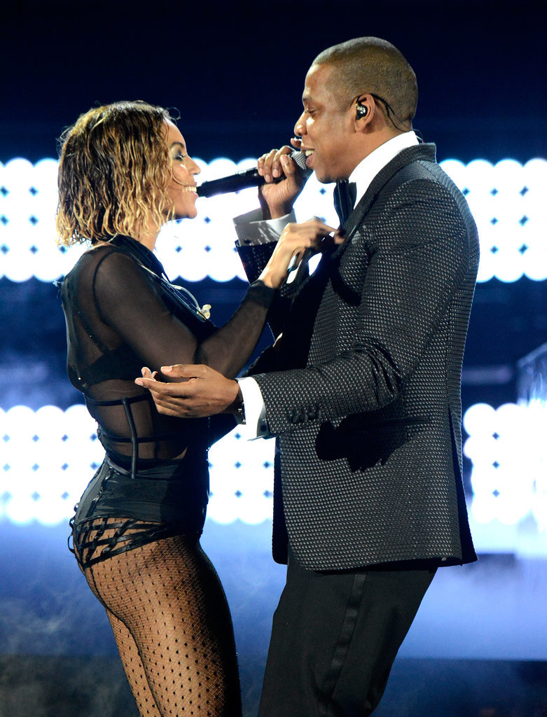 "Beyoncé and Jay Z delivered a sexy performance of ""Drunk in Love."""