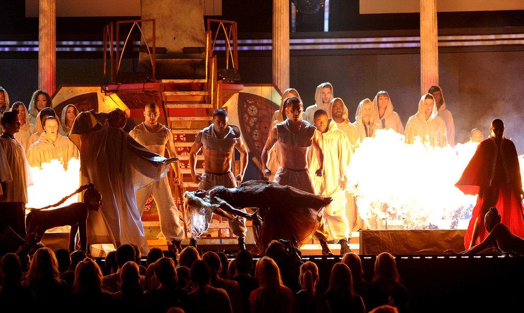 Nicki Minaj's 2012 Grammys Performance