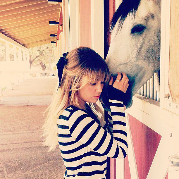 LC made a horse friend. Source: Instagram user laurenconrad