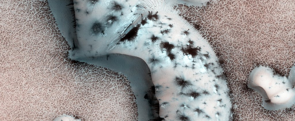 Incredible Close-Up Photos of Mars Will Totally Trip You Out