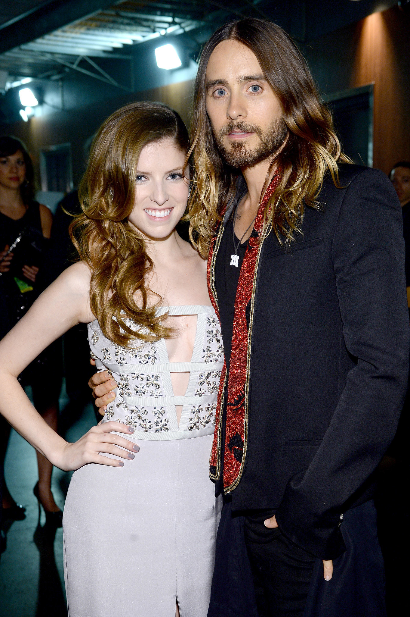 He met up with Anna Kendrick backstage at the Grammys.