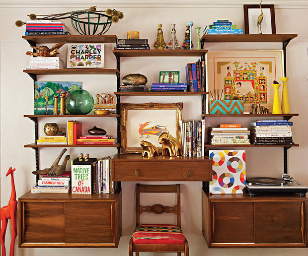 PS: OK, so we want to know: where do you find all your eclectic pieces? JB: I've been collecting for years, but the Rose Bowl Flea Market, eBay, and Etsy have all been really good to me. I also love Hernandez Furniture in Hollywood for midcentury pieces, and all the thrift shops in Cathedral City.  Source: Bret Gum