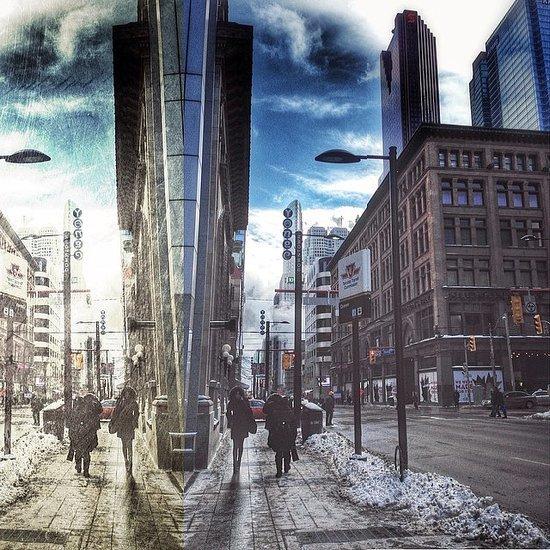 Toronto Eaton Centre Picture