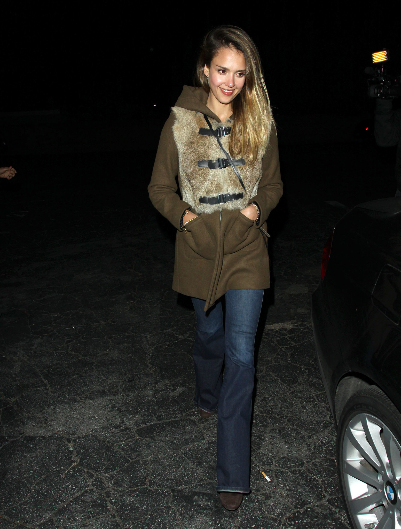 Jessica brought her C-game (major coat game, that is!) in a fur-trim Sandro topper and wide-leg denim while dining at Matsuhisa restaurant in Beverly Hills.