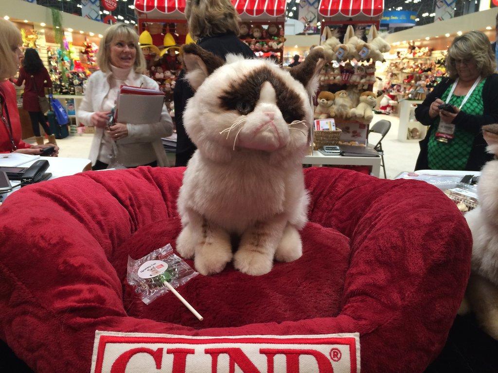 Gund Grumpy Cat