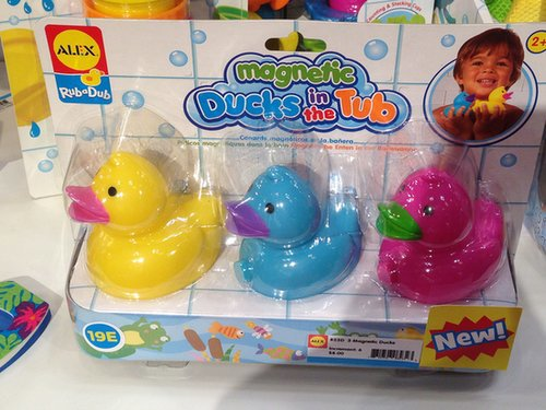 Alex Magnetic Ducks in the Tub