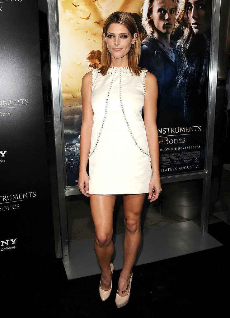 An embellished Temperley London shift for the LA premiere of The Moral Instruments: City of Bones in August 2013.