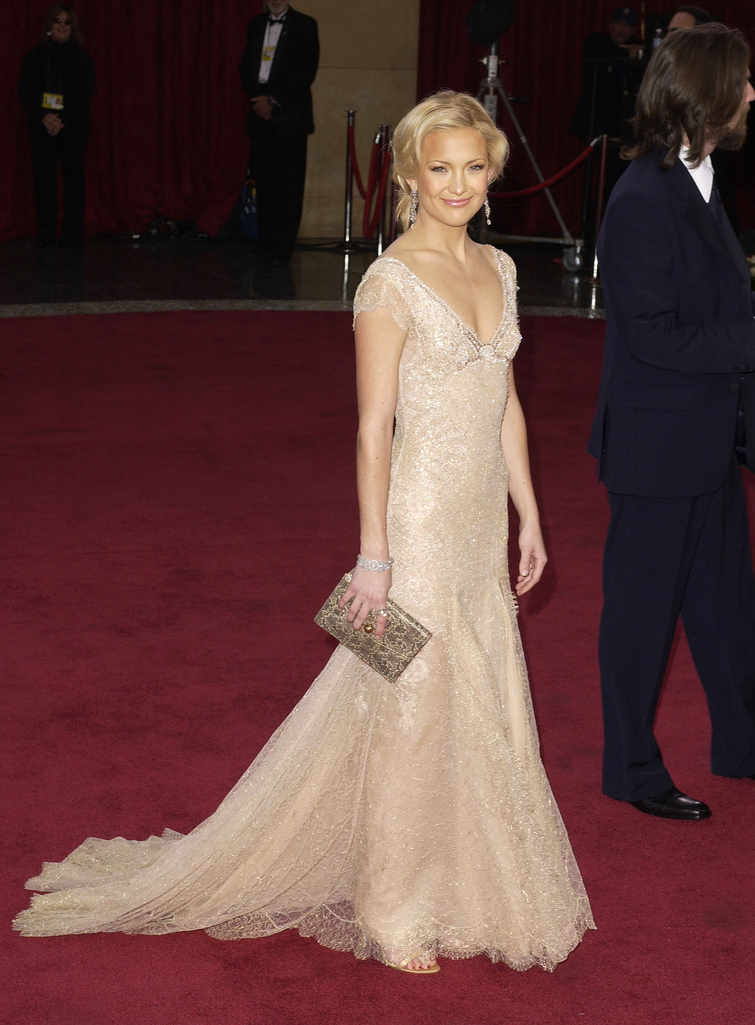 Kate Hudson was at the 2003 award show to present, but her dress stole the show, landing her on multiple best dressed lists.