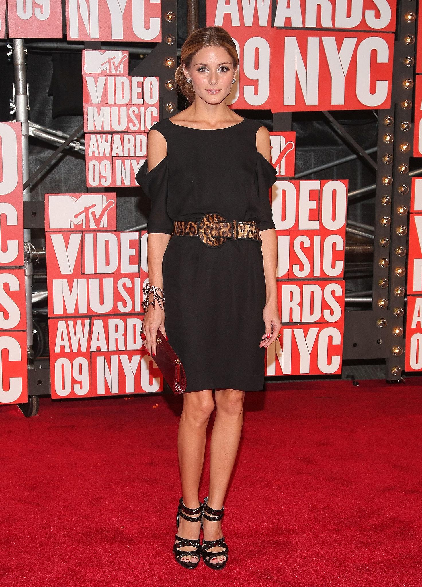 Olivia's LBD got a jolt of sexy via shoulder cutouts and a leopard-print belt at the VMAs in 2009.