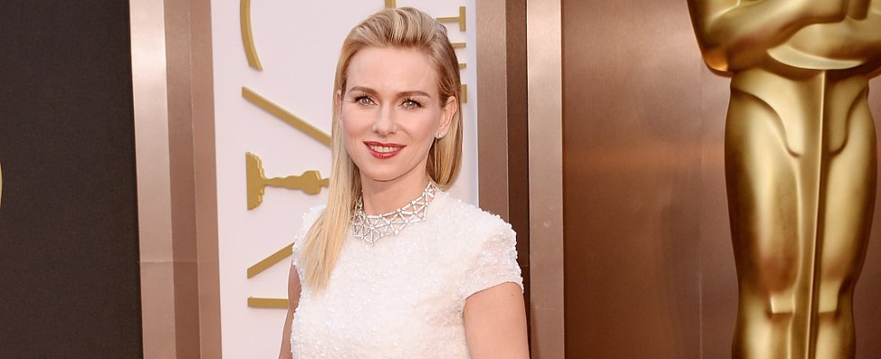 Do You Like Naomi Watts's Subtle Vintage Style?
