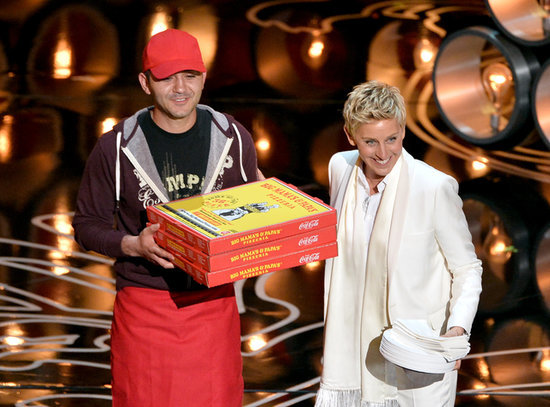 Ellen-DeGeneres-brought-Edgar-pizza-guy-out-stage-much