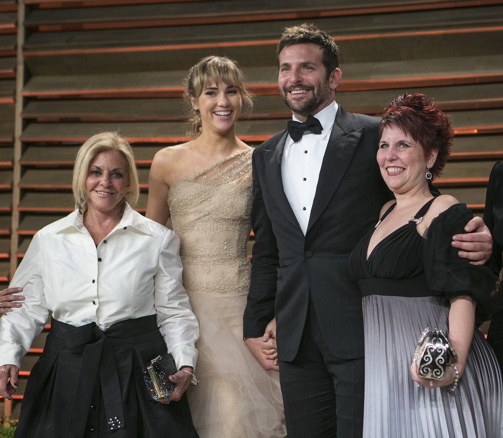 Bradley Cooper was surrounded by love at the Vanity Fair party with his mom, Gloria; his girlfriend, Suki Waterhouse; and his sister, Holly, by his side.