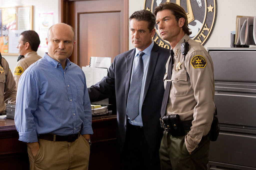 Enrico Colantoni stars as Veronica's dad, and yes, that's Jerry O'Conn