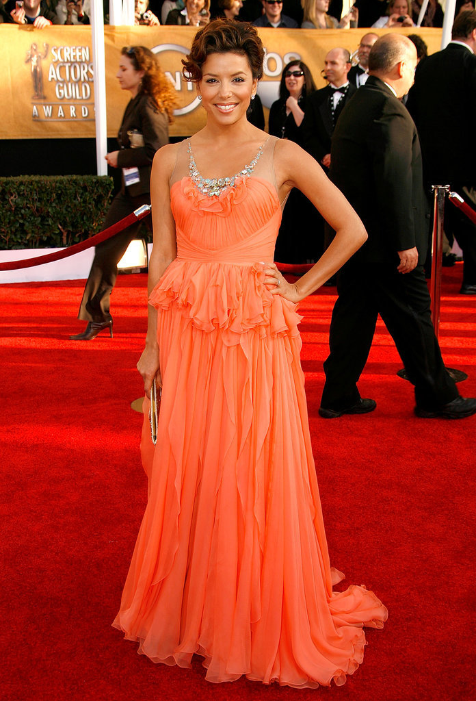 Paging all Super Mario Bros. fans. Eva incarnated a real-life Princess Peach in a floaty chiffon gown by Jenny Packham at the 2009 Screen Actors Guild Awards.