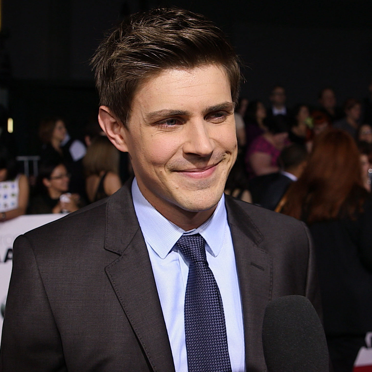 chris lowell kerry bishe