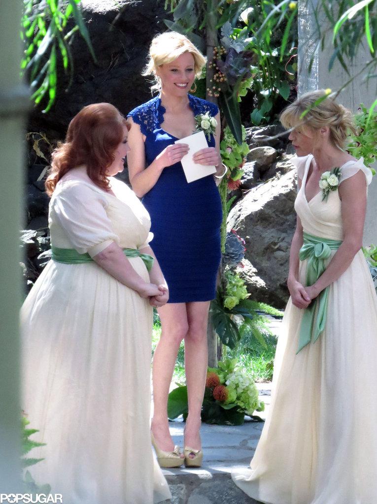 Elizabeth Banks returned as a guest star.