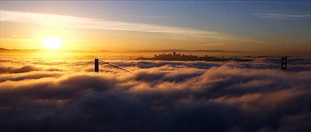 Morning Fog at the Golden Gate Bridge