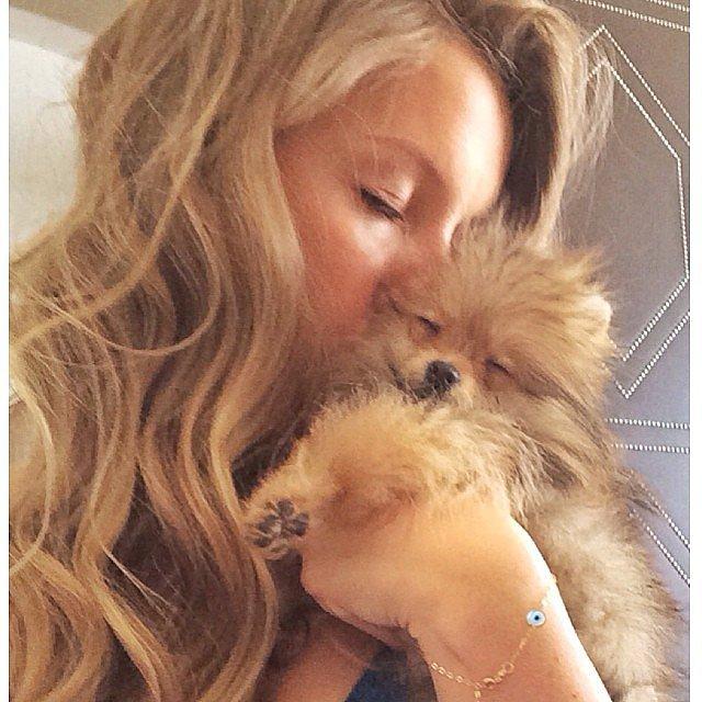 Gisele Bündchen showed off her sister's tiny new puppy. Source: Instagram user giseleofficial