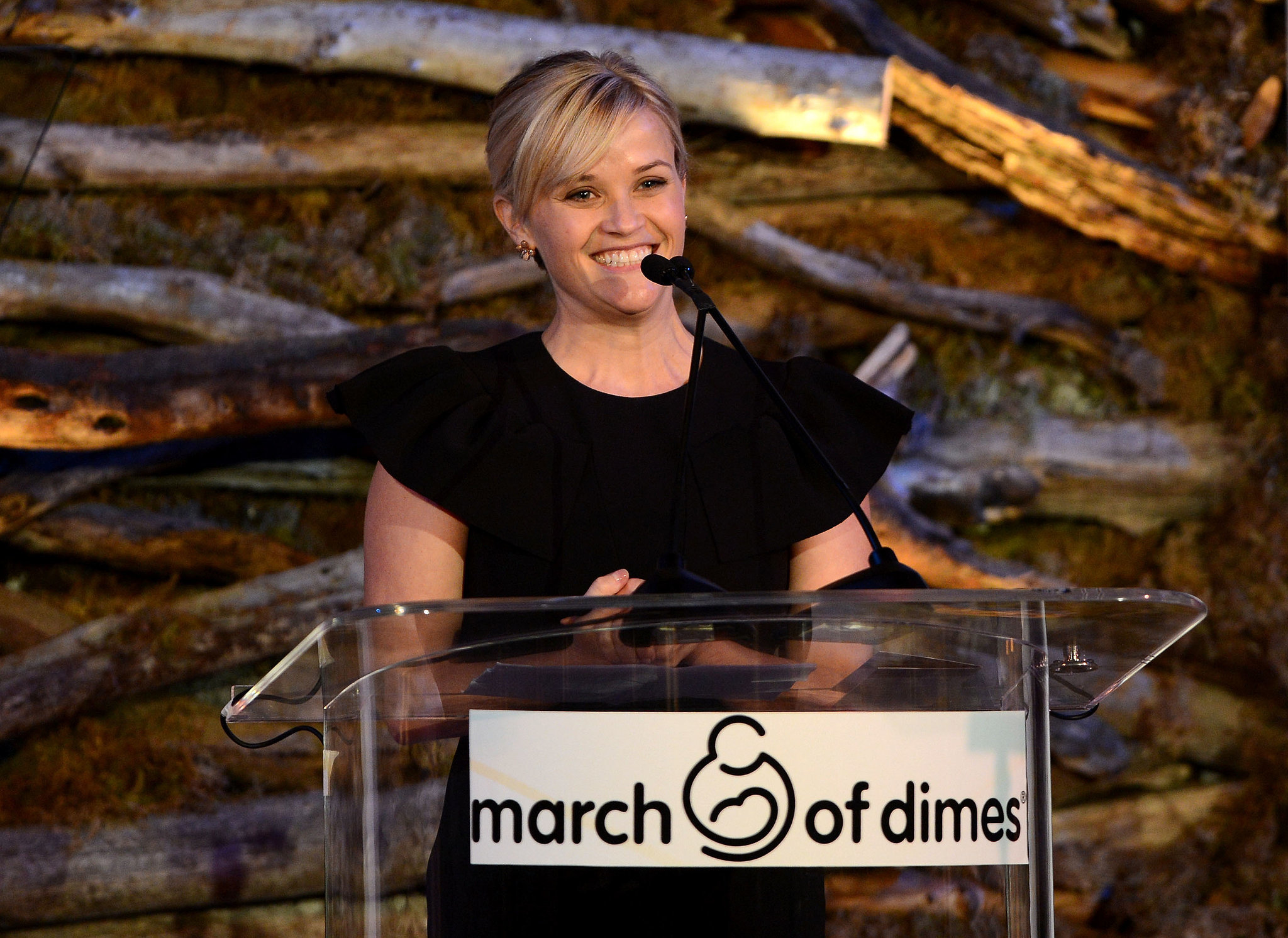 Reese took the stage at the March of Dimes ceremony that honored her in December 2012.
