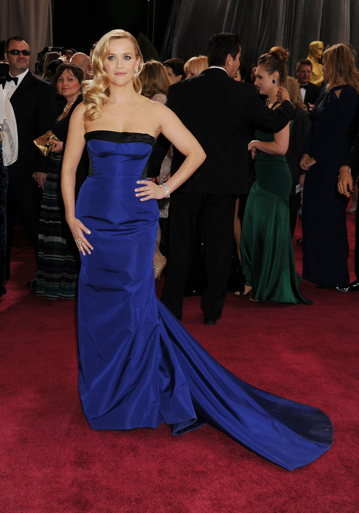Reese Witherspoon in Louis Vuitton at 2013 Oscars
