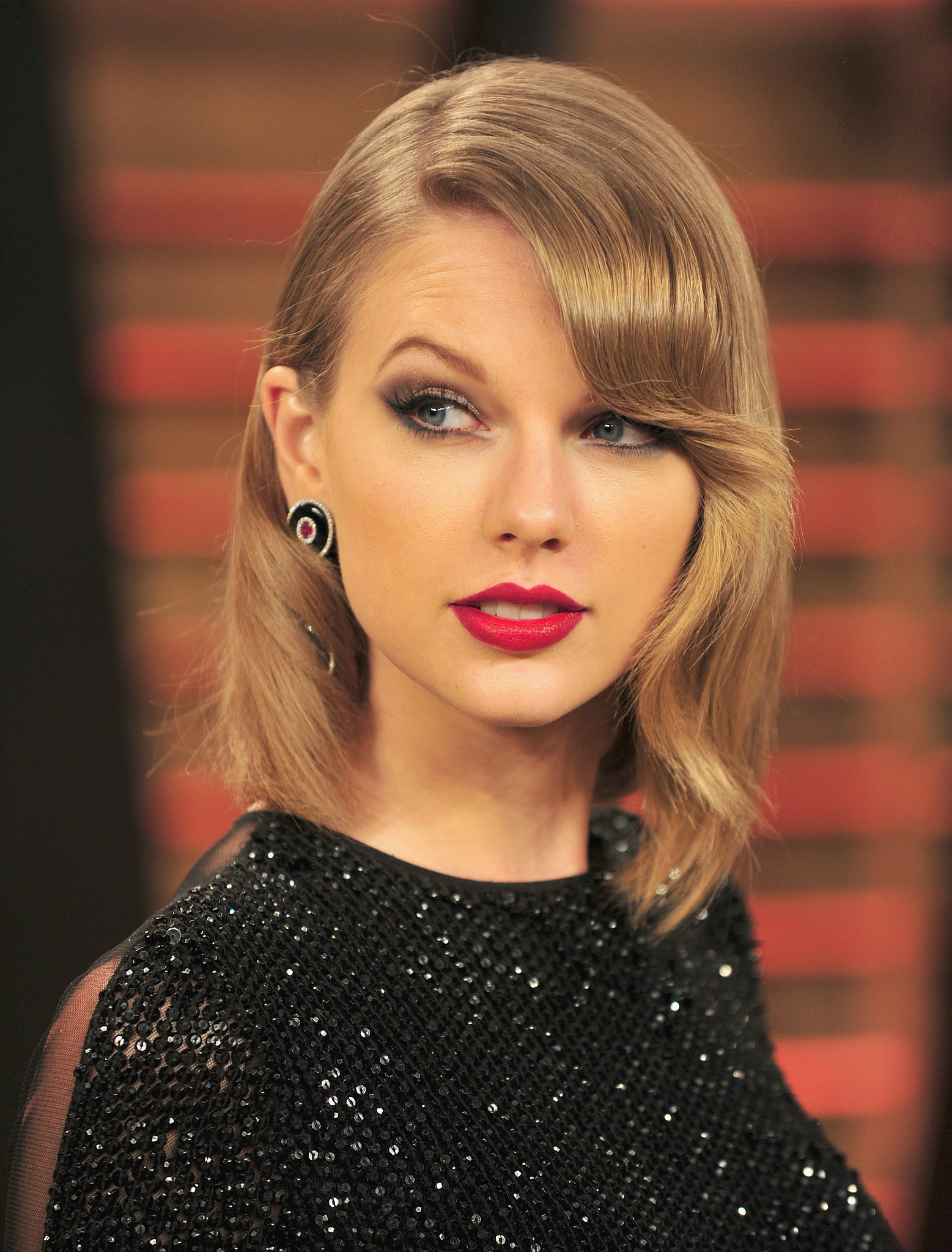 Taylor Swift's Long Bob