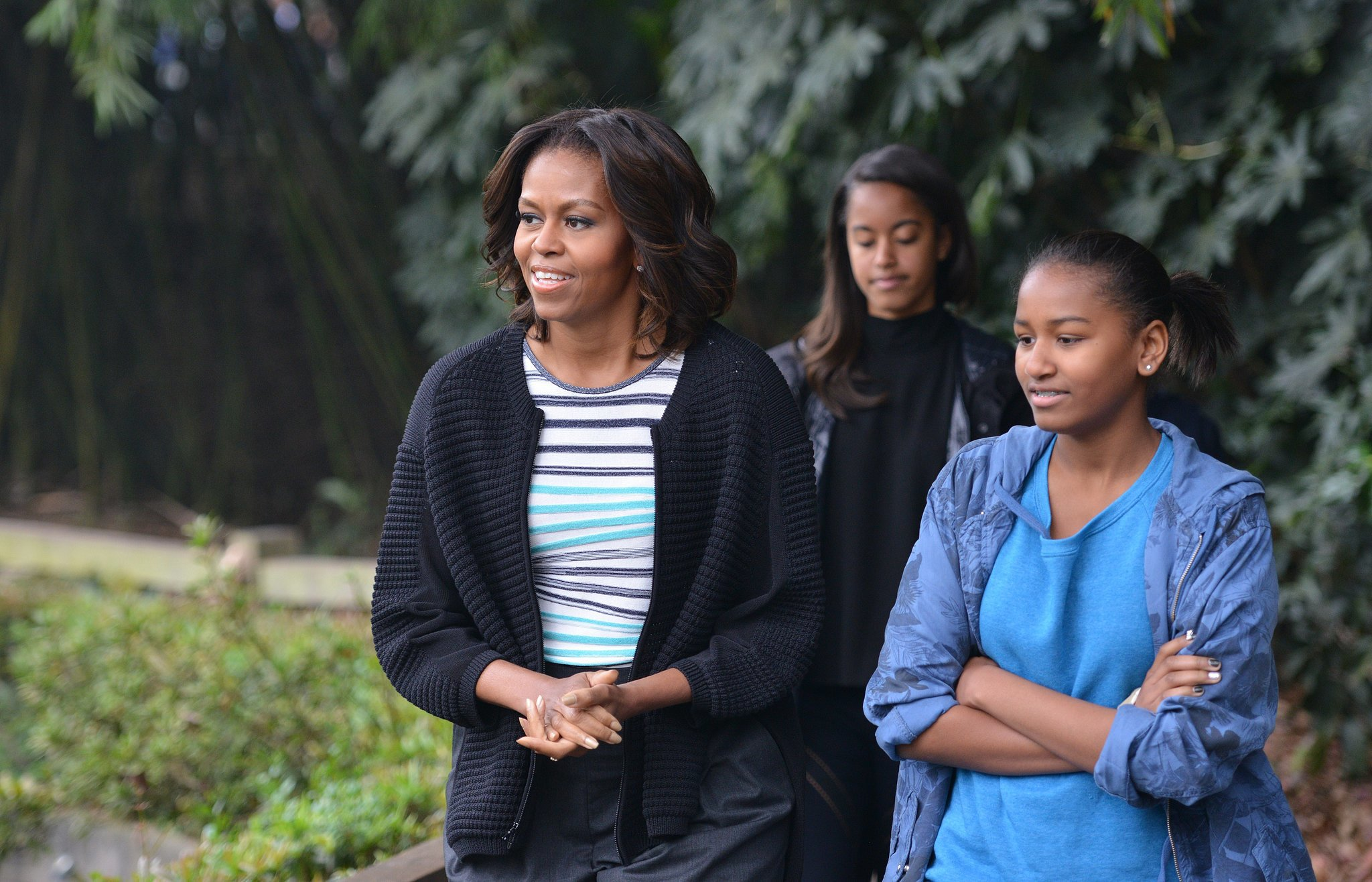 The Obama girls visited the Giant Panda Research Base in Chengdu.
