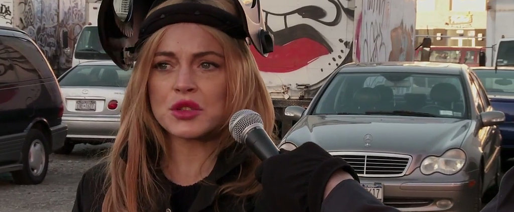 Here's Lindsay Lohan Destroying a Car Because HIMYM Is Ending