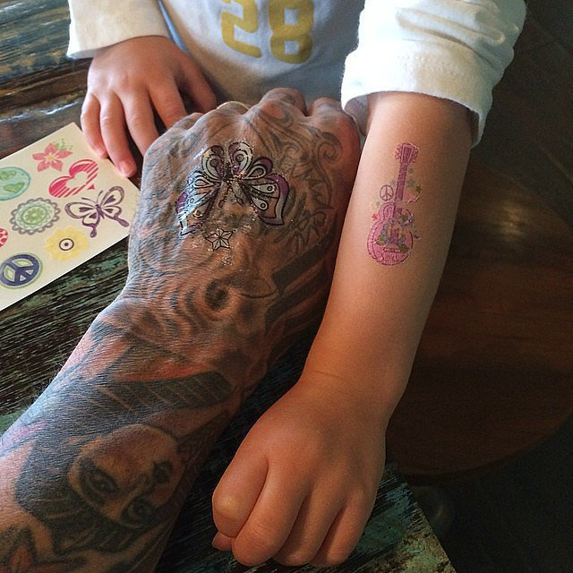 Carey Hart compared tattoos with his daughter, Willow. Source: Instagram user hartluck
