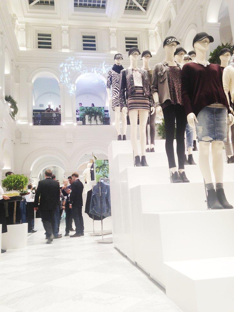 H&M Melbourne