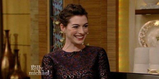 Anne Hathaway Got Tipsy At The Oscars With Joseph Gordon-Levitt And Gabourey Sidibe