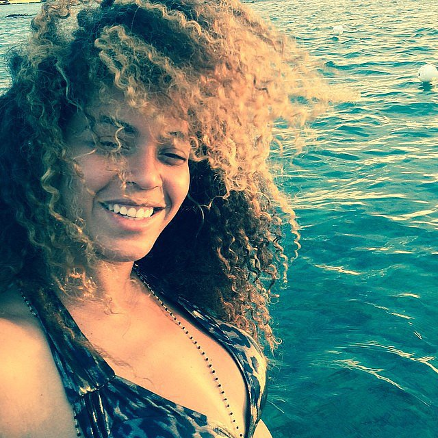 Beyoncé let her hair down during a relaxing trip on the water. Source: Instagram user beyonce