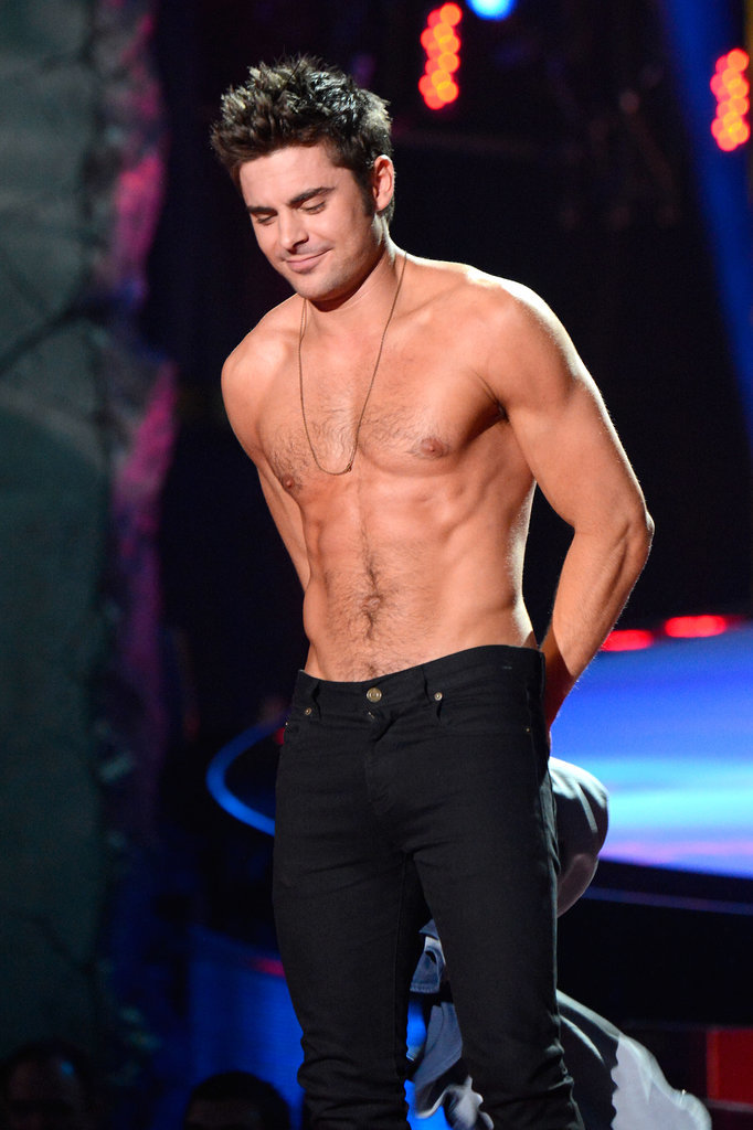 zac efron shirtless at 2014 mtv movie awards popsugar celebrity australia. Black Bedroom Furniture Sets. Home Design Ideas