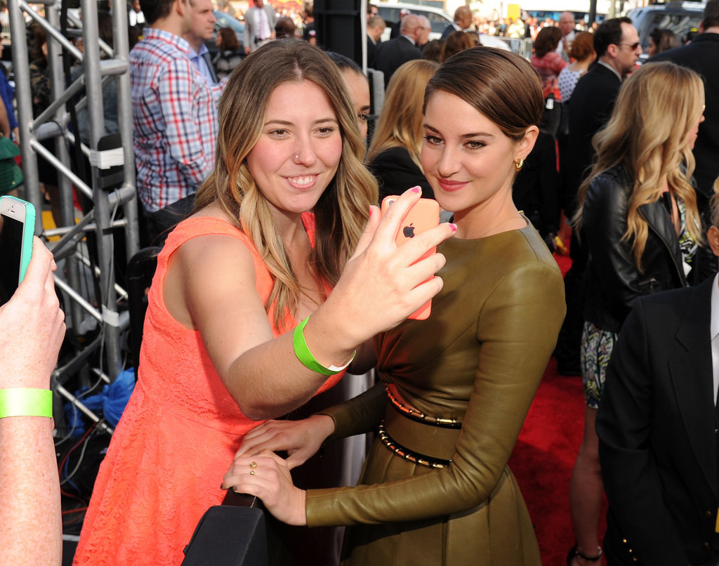Shailene Woodley got in on a fan selfie.
