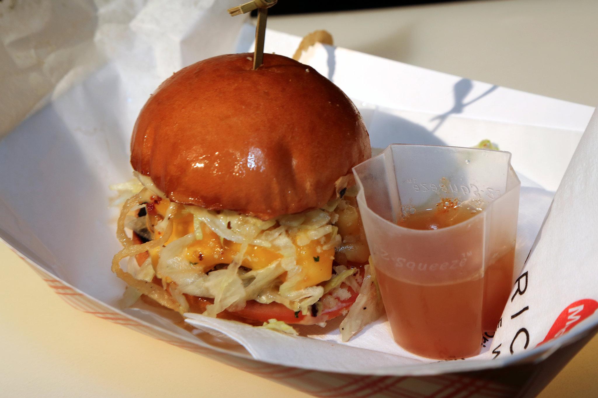Bacon Mac N Cheese Burger